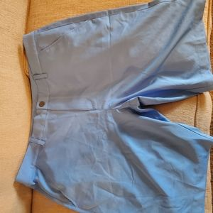 Puma mens NWT golf shorts size 38